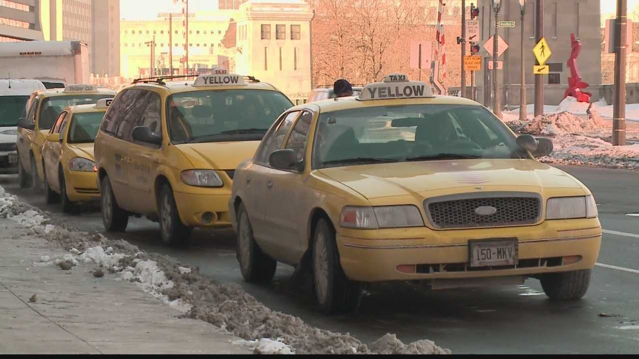 Milwaukee accepts applications for 100 new taxicab permits
