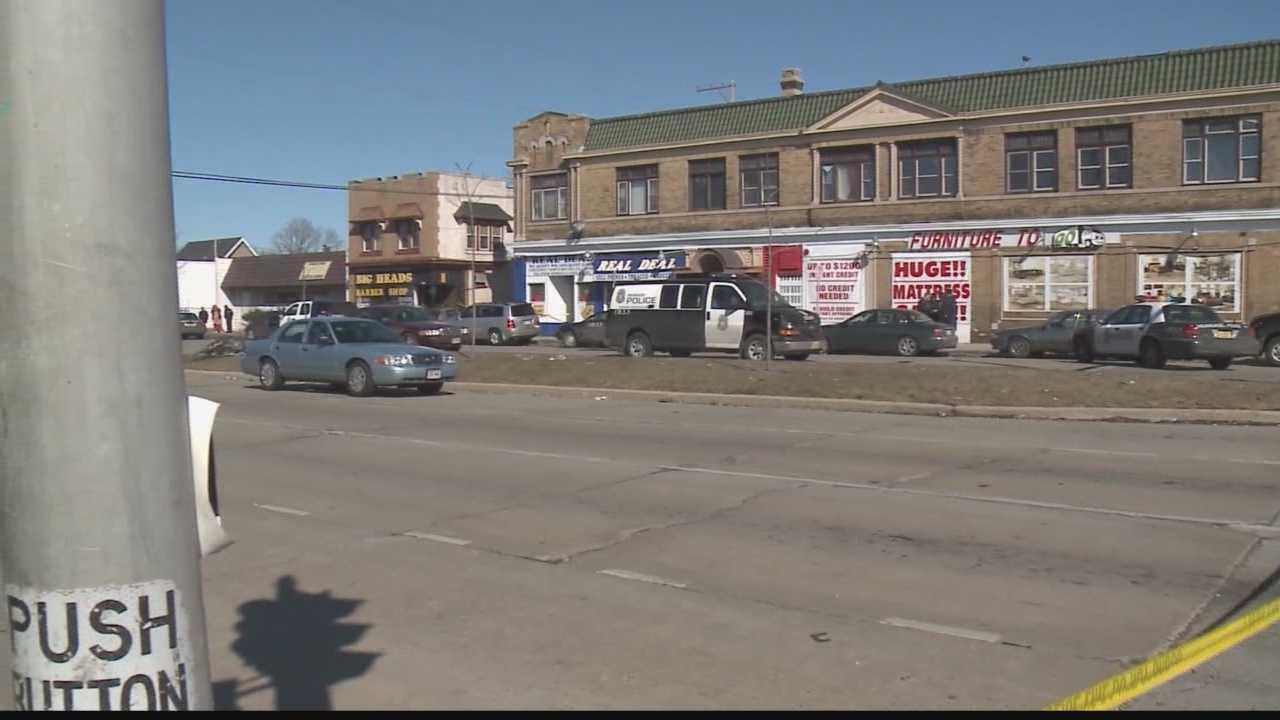 Two teens killed inside Milwaukee apartment