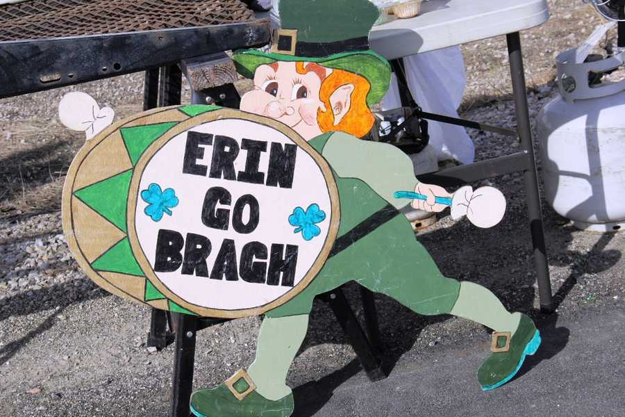 """Erin Go Bragh"" roughly translates to ""Ireland Forever"""