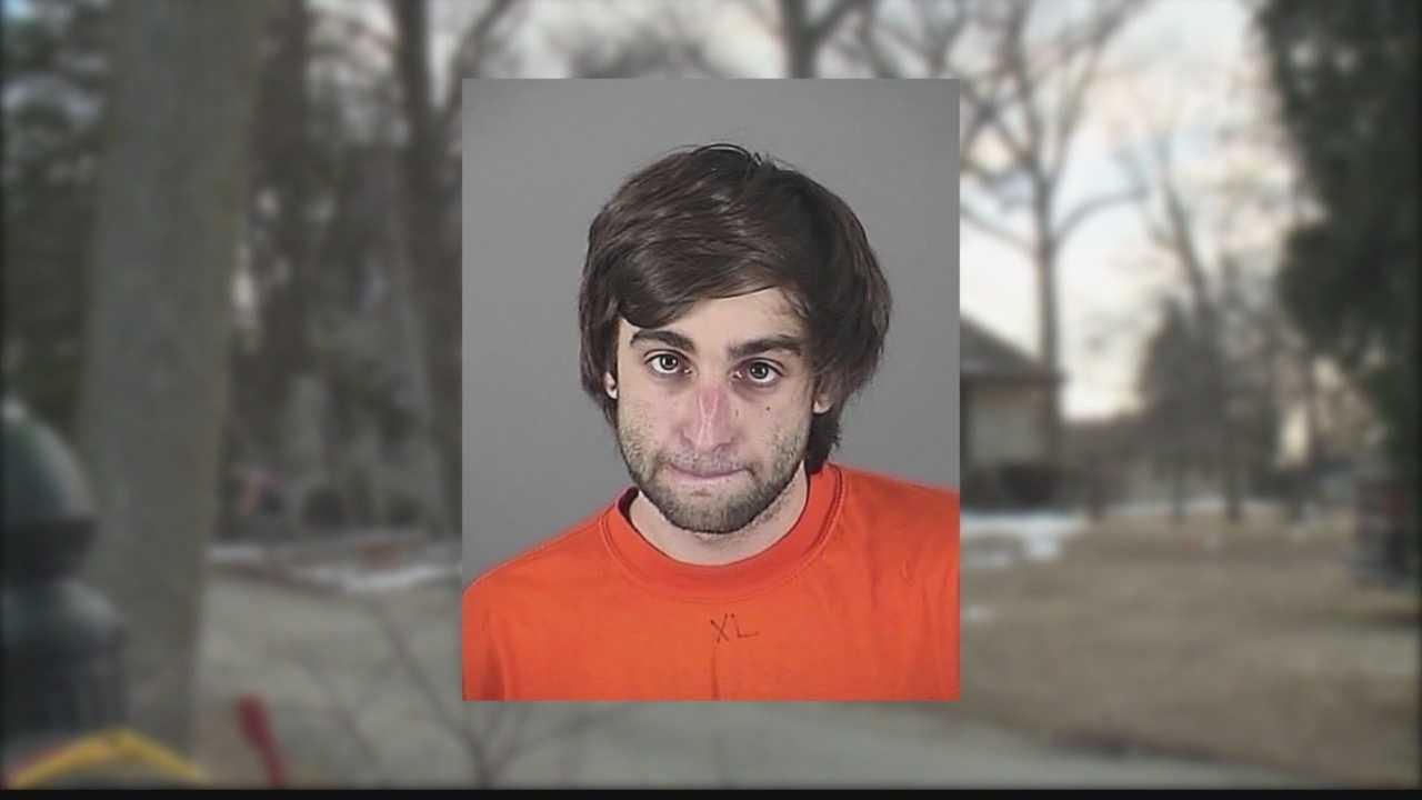 Online drug order lands Brookfield man in custody