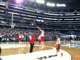 The Wisconsin Badgers took the floor at 3 p.m. to practice