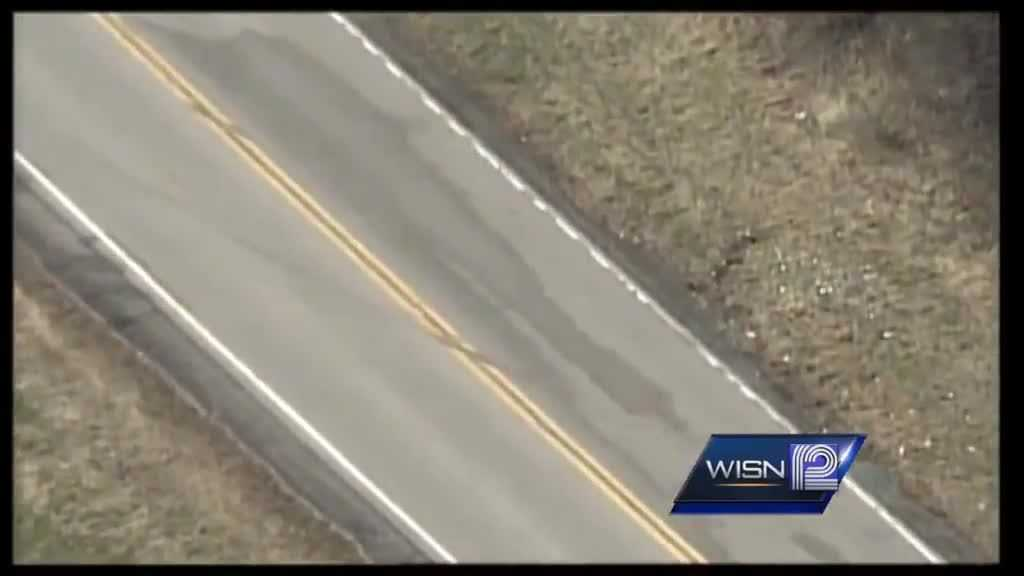 (img1)Waukesha County crash kills 2 injures 1