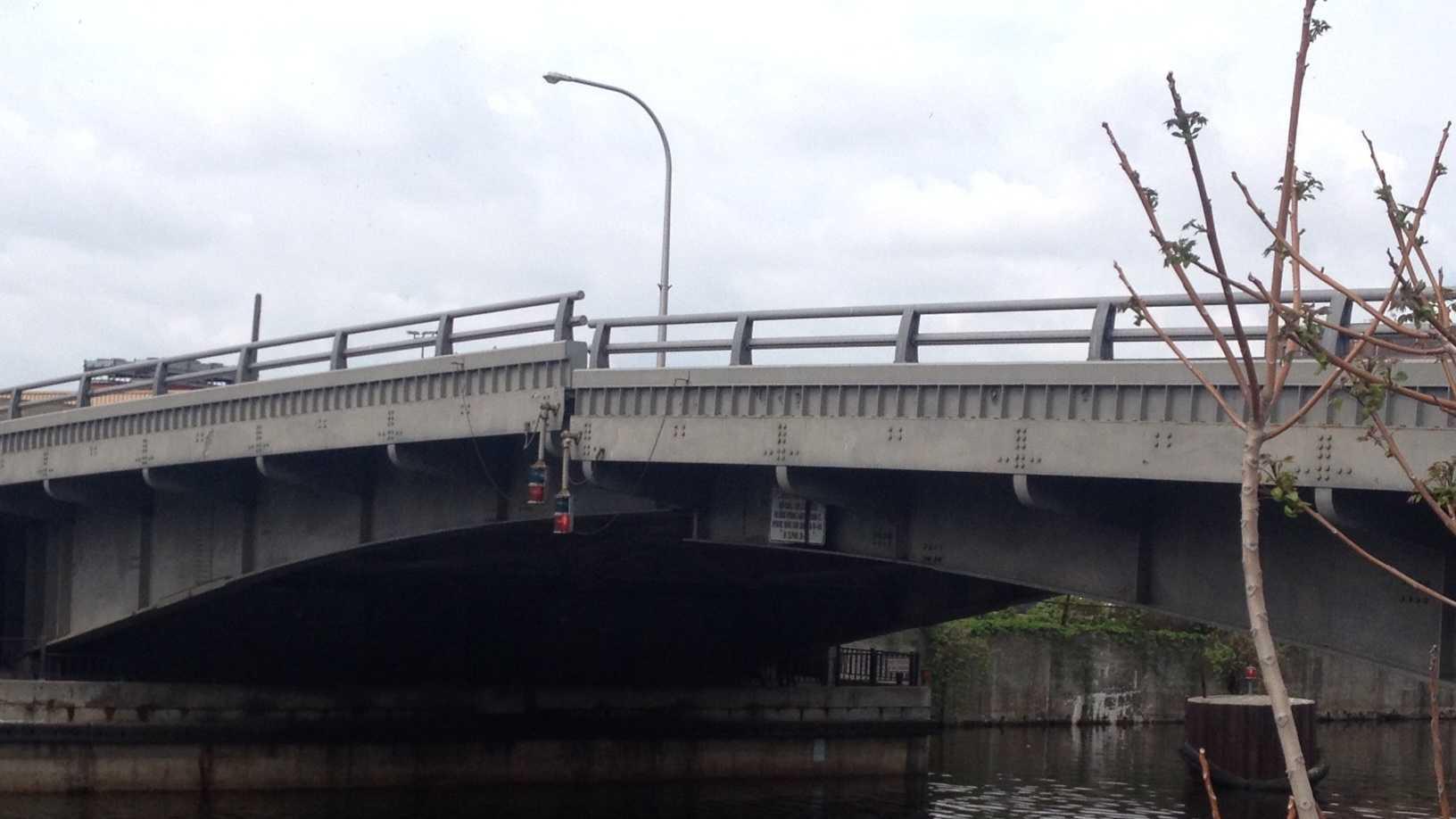 st paul bridge 2.JPG