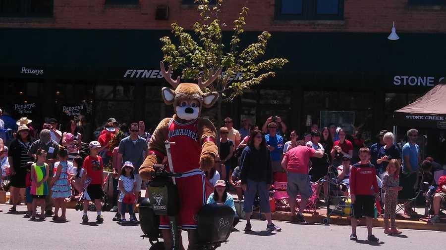 Bango in the Whitefish Bay parade