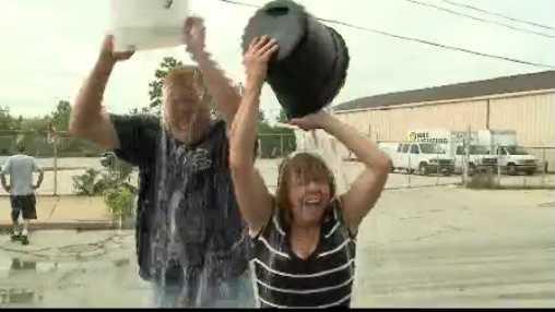 people doing ice bucket