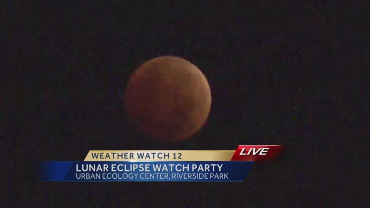 It's the final lunar eclipse of the year, and Jeremy Nelson found a group of people who woke up early to catch it.