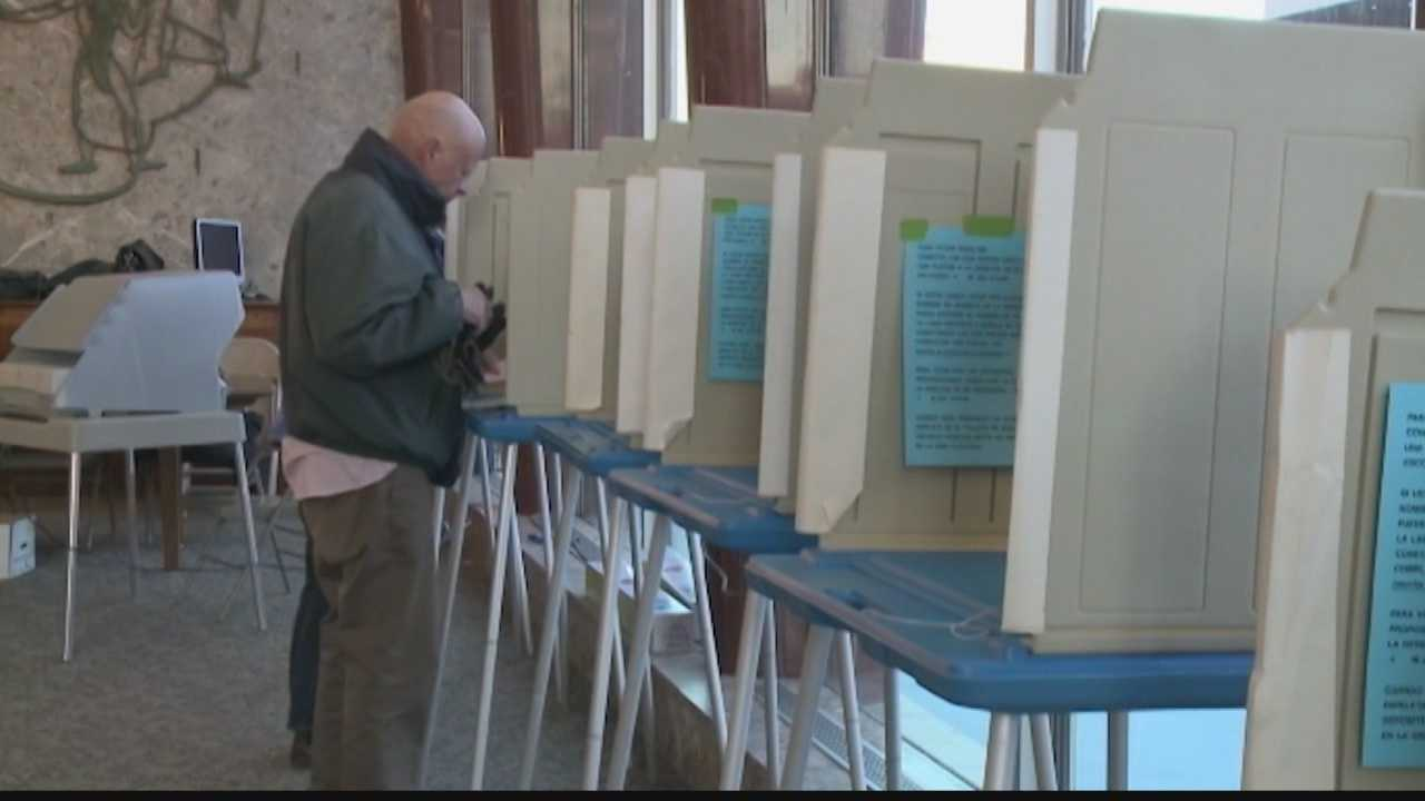 Milwaukee libraries are helping potential voters register early in preparation for Nov. 4 election day.
