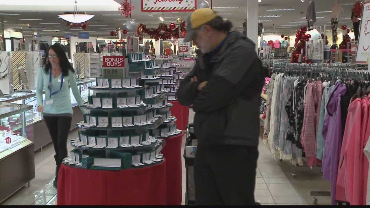 Shoppers offers mixed reactions to the idea of stores extending hours.