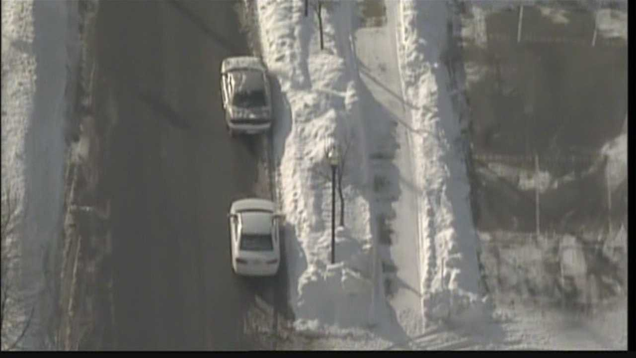 Milwaukee, Racine and Kenosha have different methods of dealing with large snowfalls