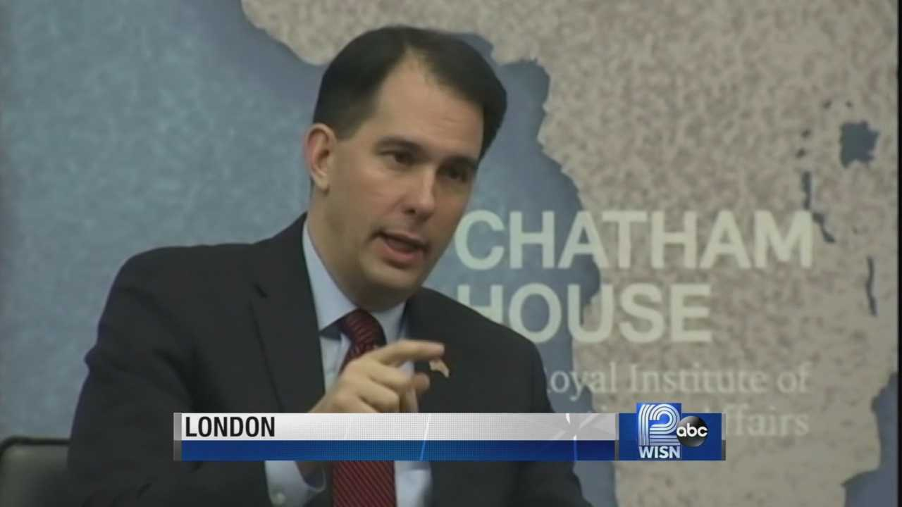 Craig Gilbert of the Milwaukee Journal Sentinel says Gov. Scott Walker acted fast on his first office in Iowa, because that state requires intense organization by candidates.