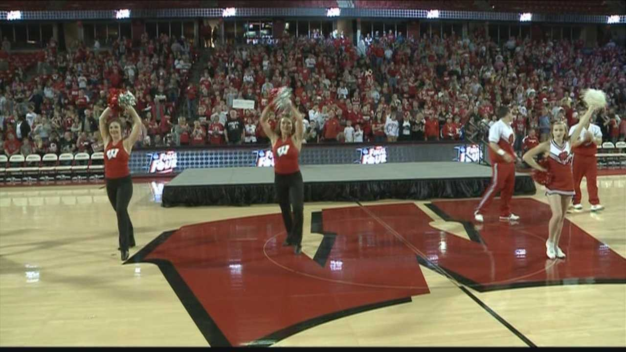 Fans cheered the Badger basketball team as they prepared to leave for Indianapolis