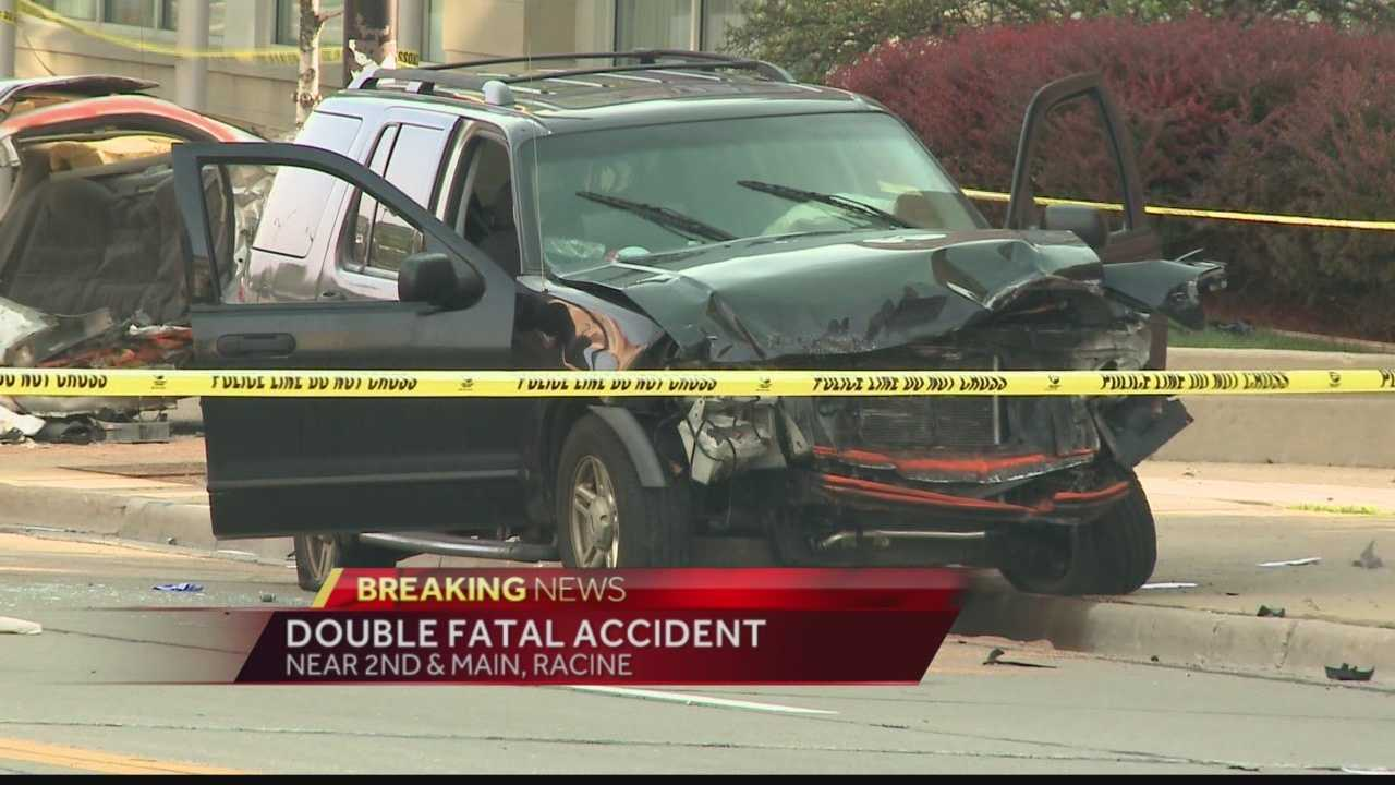 Racine Police are investigating an early Sunday morning double fatal crash.