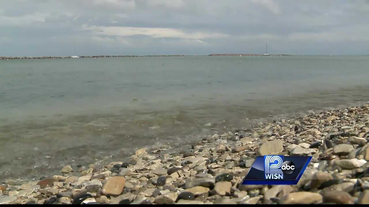 Waukesha needs a new place to get drinking water, and the city is looking to Lake Michigan, but opponents of the plan lined up at a public hearing to say no.