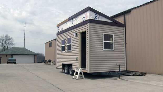 racine tiny house 042016-1.jpg