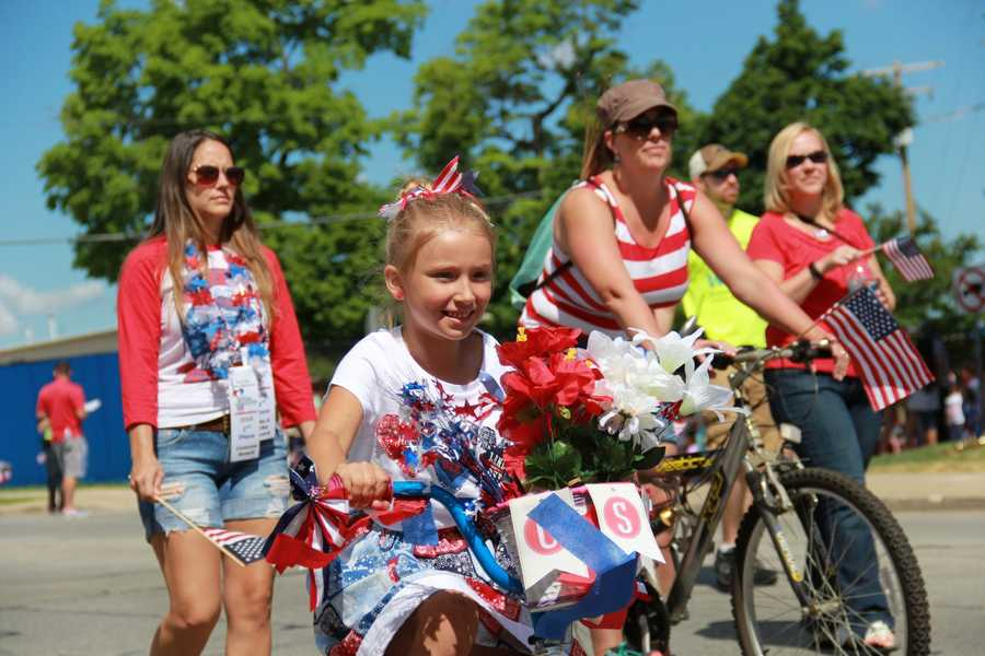 Typically held several days before the 4th of July, the West Allis downtown was filled with spectators for the Independence Day parade.