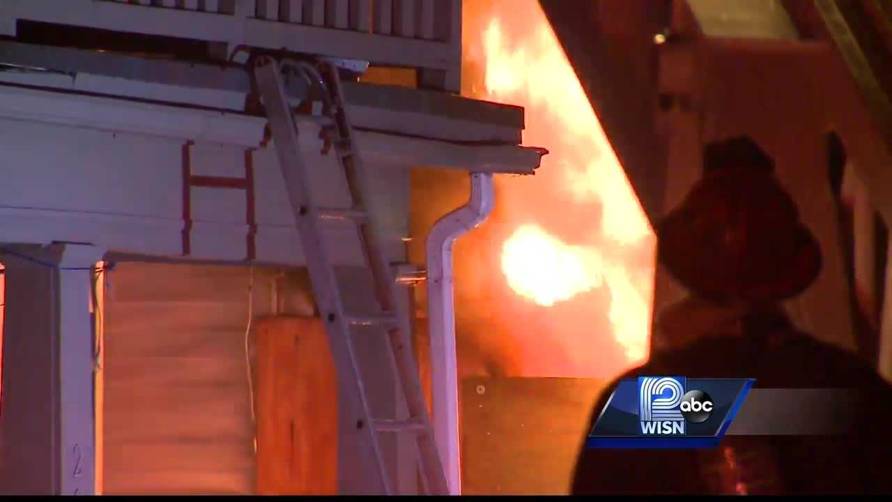 WISN 12 News' Colleen Henry reports on two suspicious fires at two vacant homes, and police and the ATF are investigating to see if it might be related to other fires near Sherman Park.