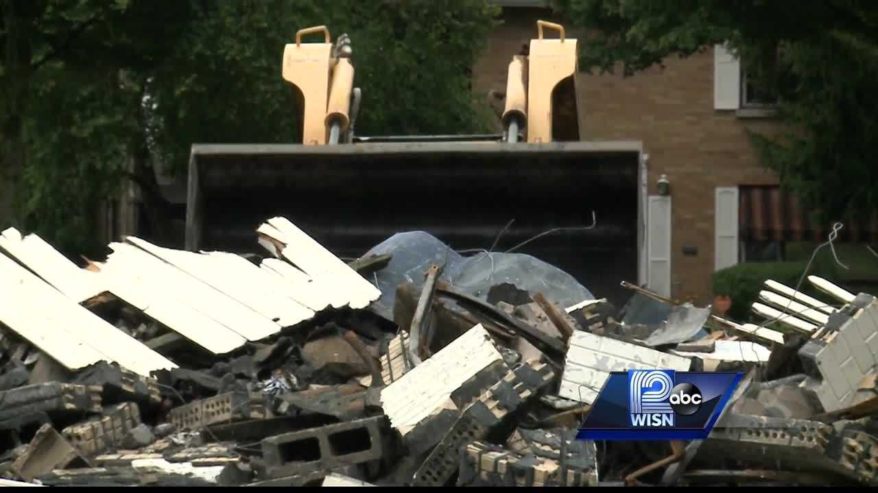 After one week from the unrest in the Sherman Park neighborhood several burned businesses are either boarded up or getting demolished right now. WISN 12 News' Thema Ponton reports.