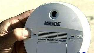 Carbon Monoxide Safety Tips - 14430776