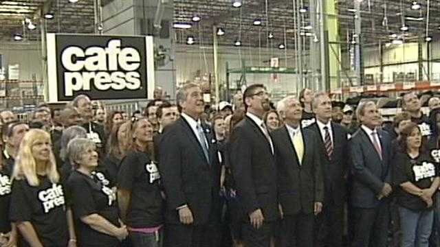 Online retailer CafePress is moving its global headquarters to Louisville.