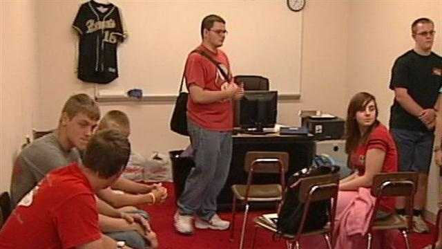 Henryville students mark end of school year