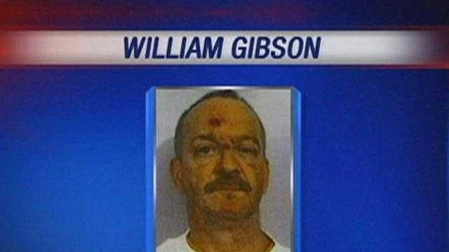 The ex-girlfriend of William Clyde Gibson talks about living with the accused serial killer, as police search his former home for new evidence.