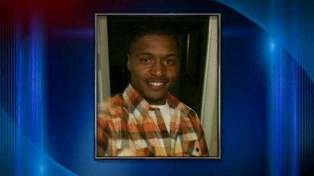 The sister of a man shot to death at a Jeffersonville apartment Tuesday speaks to WLKY.