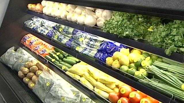 New Walgreens on W. Broadway offers healthy fresh food options