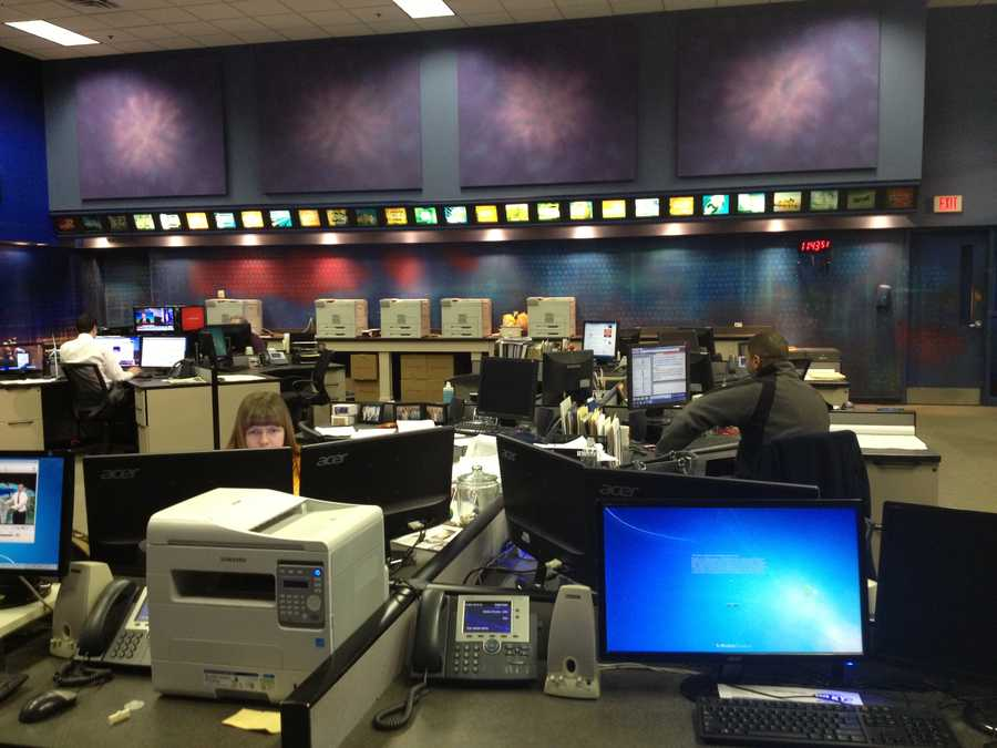 View of the newsroom from the side