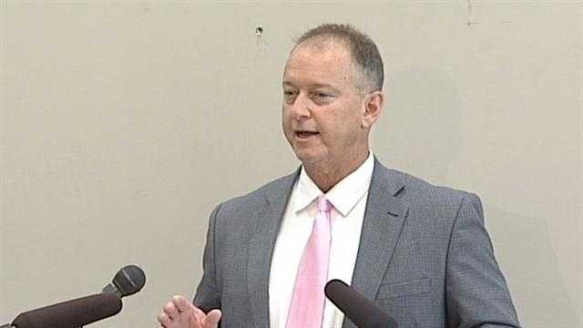 Jeffersonville Mayor Michael Moore faced tough and personal questions today after his private divorce became very public.