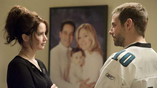 Jennifer Lawrence, Bradley Cooper in Silver Linings Playbook