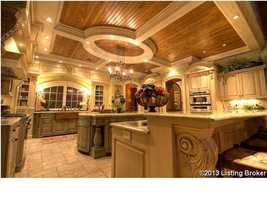 Spacious kitchen for all of your domestic and entertaining needs.