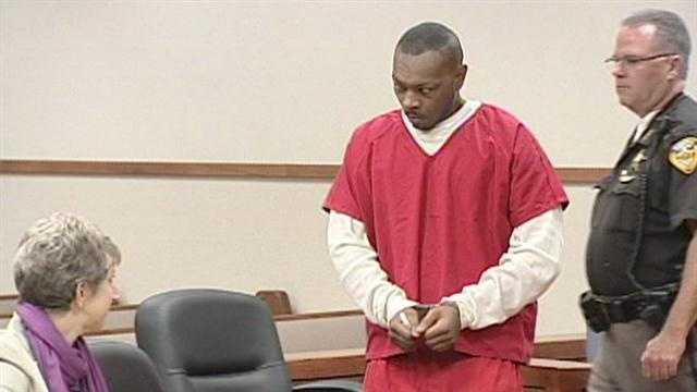 Prosecutor to seek death penalty in triple homicide case
