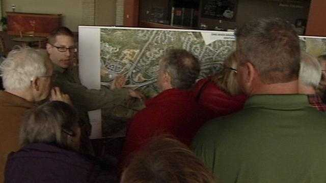 Frustration boiled over at a bridge meeting on the Ohio River Bridges Project Tuesday night.