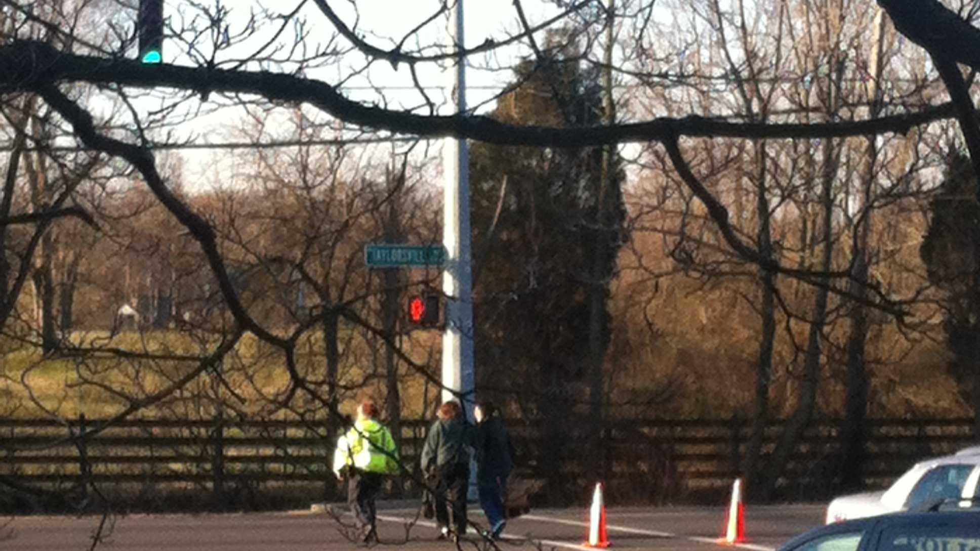 Pedestrian struck Taylorsville rd (2).JPG