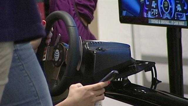 Simulator shows teens dangers of texing and driving