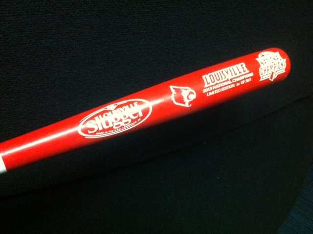 To celebrate the Cards' success, Louisville Slugger has created a unique limited-edition, officially licensed bat