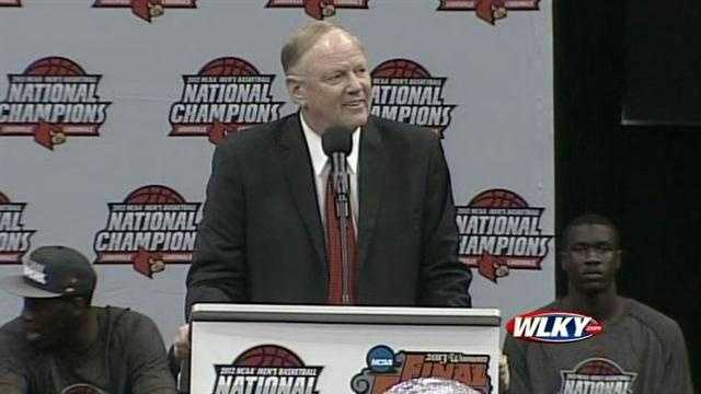 The University of Louisville Athletic President James Ramsey addresses the crowd at a basketball celebration at the KFC Yum Center.