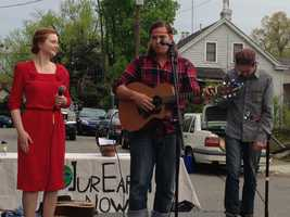 Nellie Pearlperformed at theLEAF festival, which promotes making small, everyday changes to help the environment.