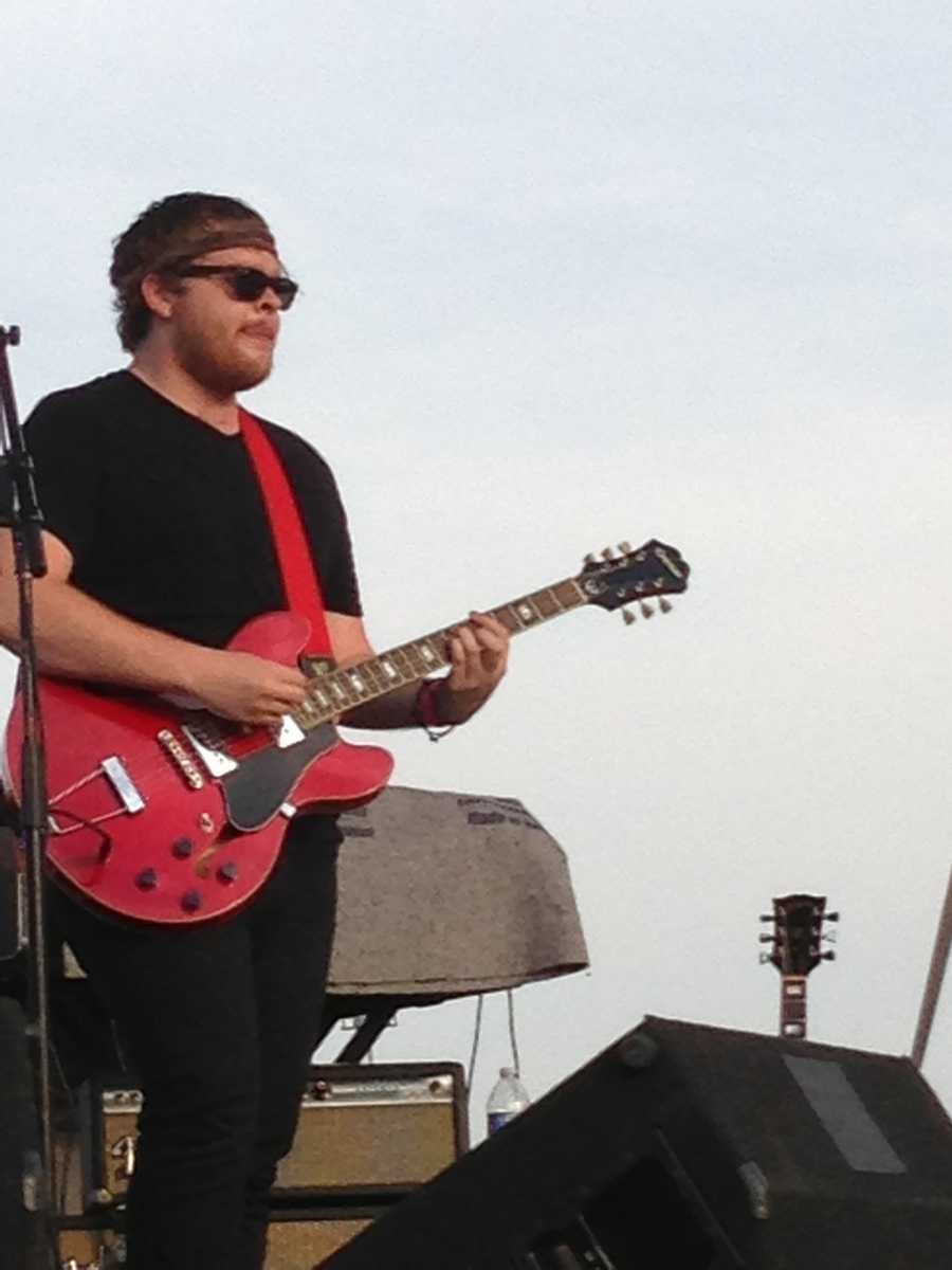 Discount Guns and The Features entertained the crowd at Waterfront Park