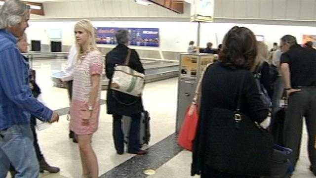 As crews finish preparing for the world's most famous horse race, fans have begun arriving in Louisville.