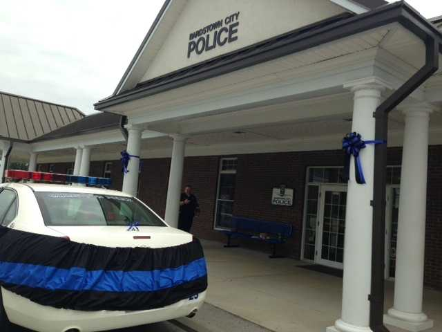 May 26, 2013:Throughout Sunday, people stopped by the Bardstown Police Department to pay their respects.