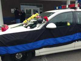 May 26, 2013:They left mementos on Ellis' car, flowers and stuffed animals and baseballs with personal messages, since the sport had been a huge part of Ellis' life.
