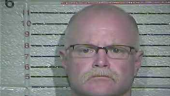 Smythe Williams: Charged withsecond-degree burglary(READ MORE)