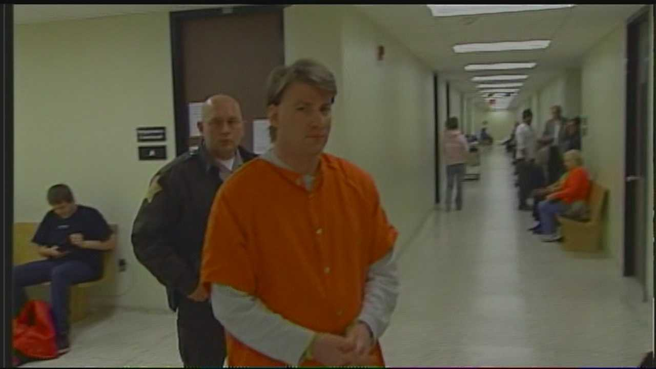 Trial begins for man accused of killing 2 children in fire