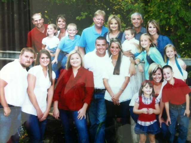 Elizabethtown Mayor Timothy Walker passed away Friday morning. He leaves behind a wife, six children and eight grandchildren.