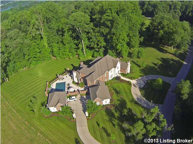 Tour this luxurious 2 acre estate, which offers seclusion and privacy, but is only minutes away from the city. Listed for only $2.1 million on Realtor.com, find out what makes this mansion the best of both worlds.