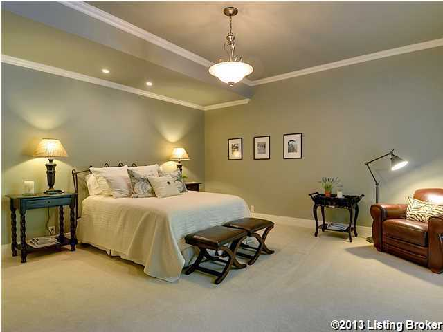Third bedroom, quite similar to the design of the previous room.