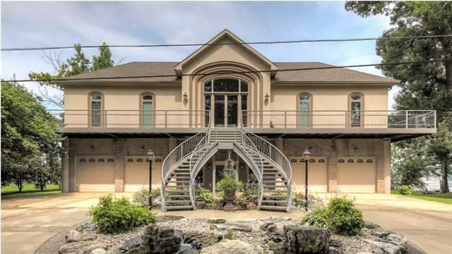 MW 07.15 mansion image