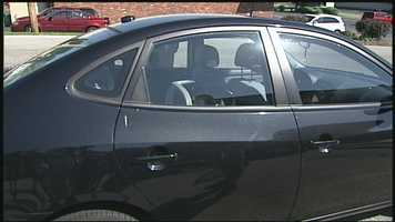 Keep keys and remote entry devices away from children and always lock vehicle doors