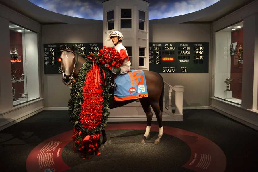 Take a tour of the Kentucky Derby Museum: The museum opens its doors to more than 210,000 visitors each year. The museum shows the history behind the famous horse race and gives spectators a chance to feel as if they were present on Derby Day.Location:704 Central AveLouisville, KY 40208